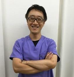 腰痛施術が得意な院長川崎です
